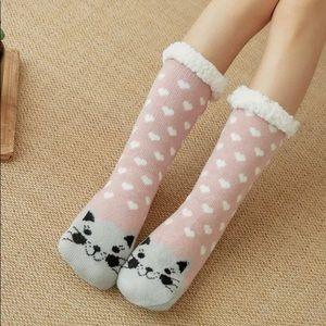 NWT! Pink Cat Fleece Lined Christmas Winter Socks